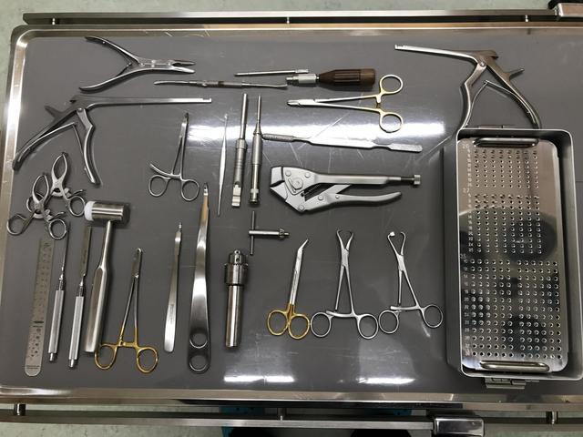 整形外科器具.jpg